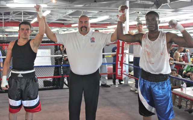 Scott Torres of Temecula over Ricky Hood of the Tiger Smalls Boxing Team