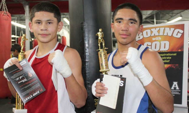 In Bout #12, it was Brandon Lopez (L) of Omaha Victory Boxing getting the win over Eduardo Mendoza of the Sons of God Boxing Club.