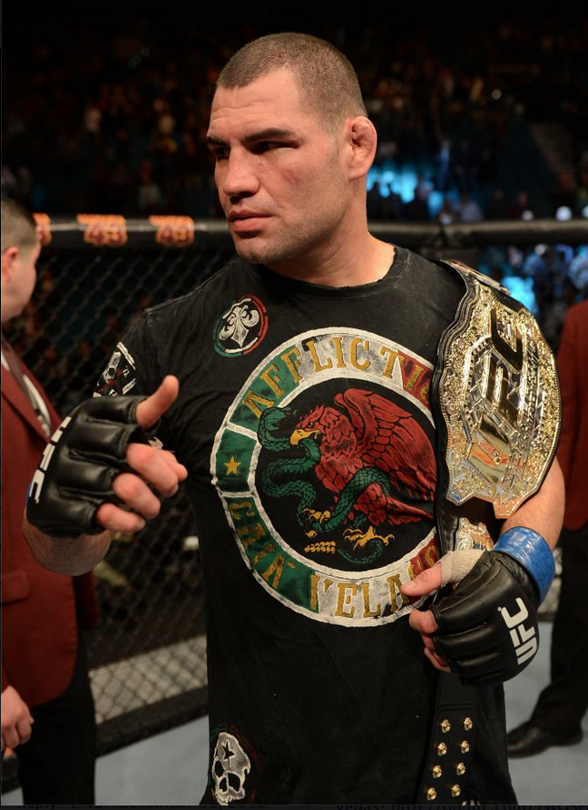 December 29, 2012, heavyweight Cain Velasquez regains his UFC  championship belt with a resounding win over Junior Dos Santos.