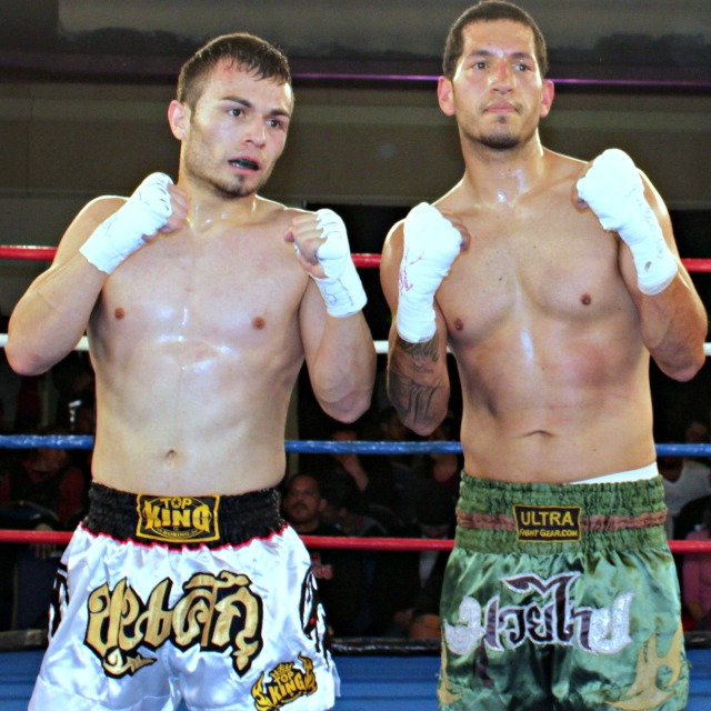 After their bout was ruled a draw, Serefino Ramos (l) and Jorge Proveda (r) posed for a few photos. All photos: Jim Wyatt