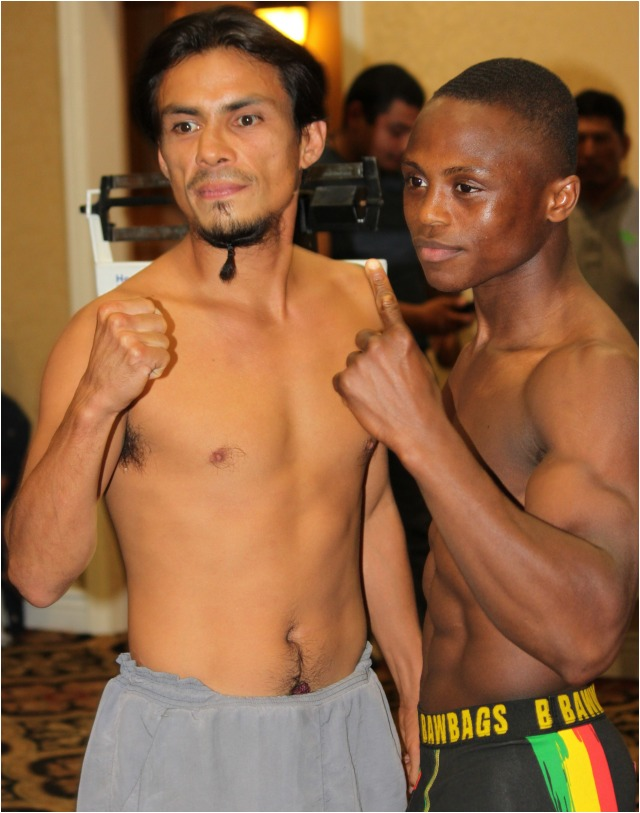 Pomona, CA's Ronald Rodriguez 134 lbs. (l) versus 2012 Olympian Isaac Dogboe 132.5 lbs. of London, England by way of Accra, Ghana. Phot: Jim Wyatt