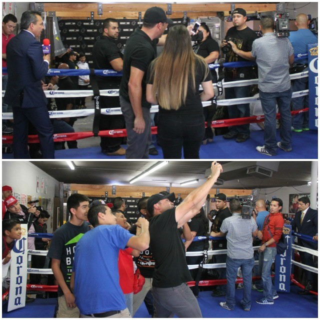 After so many people have asked Oscar De La Hoya to take a photo with them,