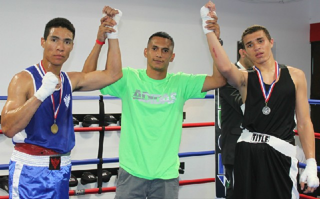 On hand to present the medals was pro boxer Alejandro Vargas.