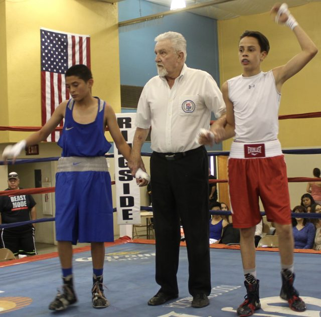 In Bout #5 it was 14-year-old Rene De La Pena (95 pounds, experience: 15 bouts) from F-1, Fighters First Boxing Academy, Buckeye, Arizona coming away with the victory over 14-year-old Blane Serna from the Indio Boys & Girls Club, Indio, Calif. (91.8 pounds, experience: 25 bouts).